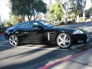 2007 Jaguar XKR Luxury interior package